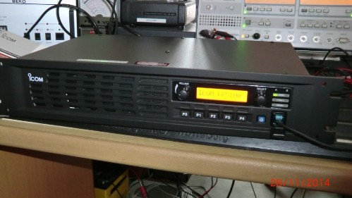 ICOM IC-FR6100 UHF Funk-Repeater analog /digital